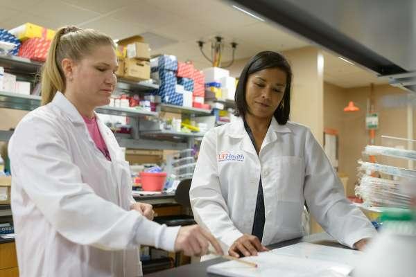 Dr. Flores Grant